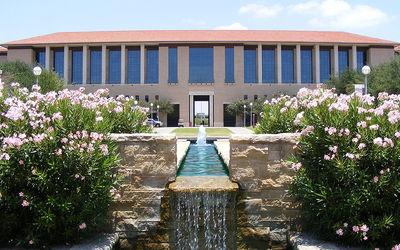 Texas A & M International University