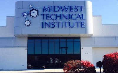 Midwest Technical Institute-Springfield